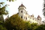 Экскурсия в замок Конопиште с обедом - Замок Конопиште почти полностью сохранился в том виде, каким он был во времена своего последнего владельца, графа Д`Эсте, убийство которого послужило причиной начала Первой Мировой Войны...