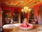 Индивидуальная экскурсия в замок Карлштейн и замок Конопиште